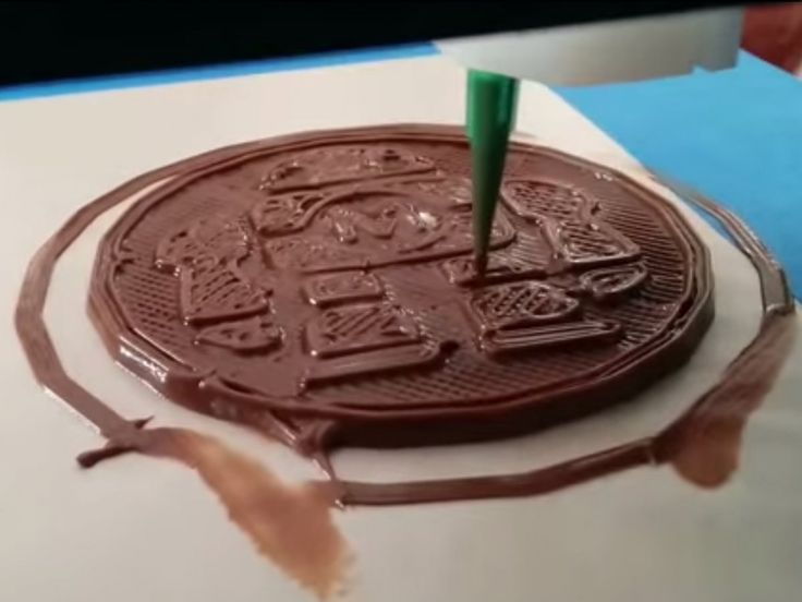 From Oreos To Nutella — The Latest 3D Printed Foods Are All 100% Edible | While it may sound futuristic, 3D printed foods are here. [The Future of Food: http://futuristicnews.com/tag/future-food/ 3D Printing: http://futuristicnews.com/tag/3d-printing/ 3D Printers: http://futuristicshop.com/category/3d-printers/ 3D Printing Books: http://futuristicshop.com/category/3d-printing-books/]