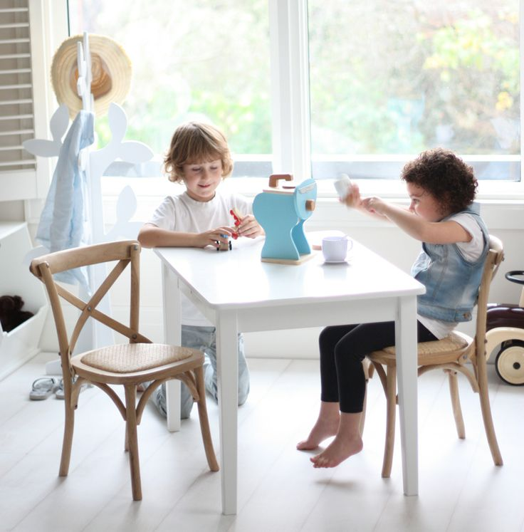 MUST HAVE THIS!  Hamptons kids table and chairs set from Hip Kids
