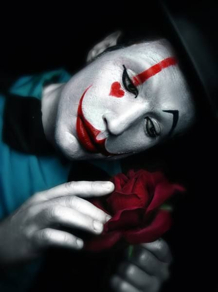 Photographer DDIARTE DDIARTE  The Clown And The Rose  ONE EYELAND