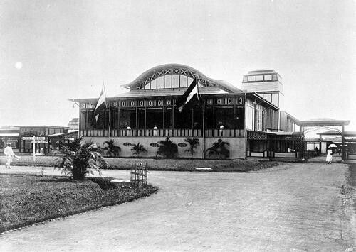 Hotel of the NEI State Railways on Koningsplein Batavia 1910-1940.