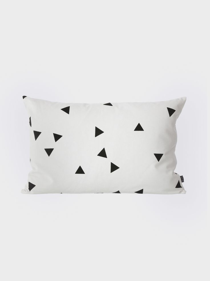 Graphic, and stylish cushion in black and white colors - Decorative Danish design for your home - 100% organic cotton canvas