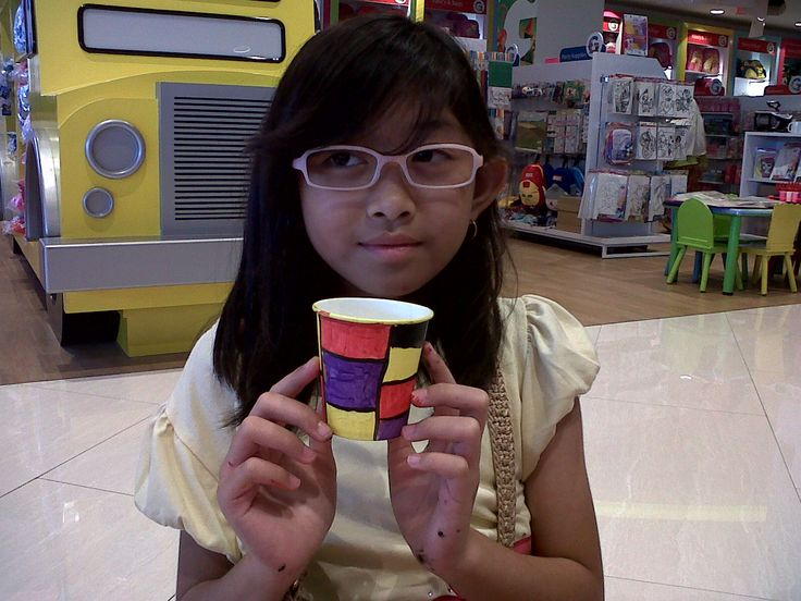 Maeluna - Piet Mondrian - Cup Mondrian @Gramedia Kids Bintaro