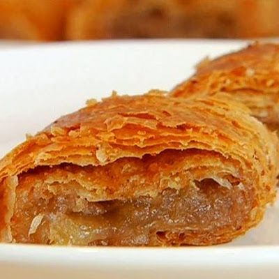 Mamo's Apple Strudel   Recipe courtesy Duff Goldman @keyingredient