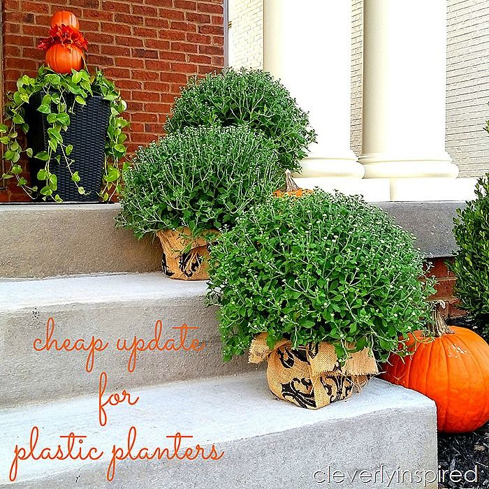 burlap is a cheap update for plastic planters @cleverlyinspired (8)