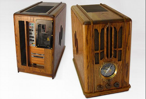 10 Artistic PC case mods made using wood -- This seems to have a Zenith Tombstone radio included