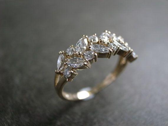 Anillo de boda de diamante de Marquesa en 14K oro amarillo
