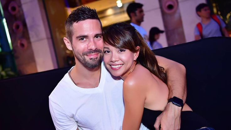 Sheila Sim isn't the only celeb to find true love online.