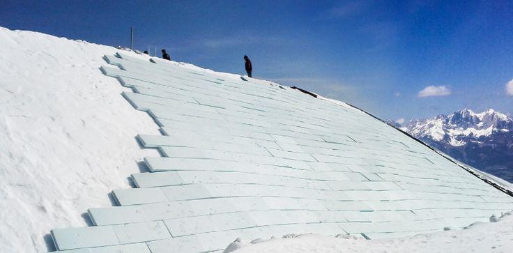 #Schneedepot, das mit #Dämmplatten abgedeckt wird. #Snowfarming #mountaintalk