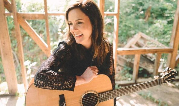 Lori McKenna WON for 2017 ACM Awards Songwriter of the Year - CountryCommon.