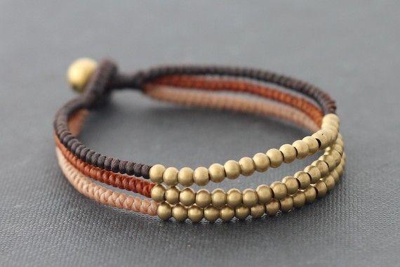 Tissé de trois couleurs terre ton Bracelet par XtraVirgin sur Etsy, $8.00