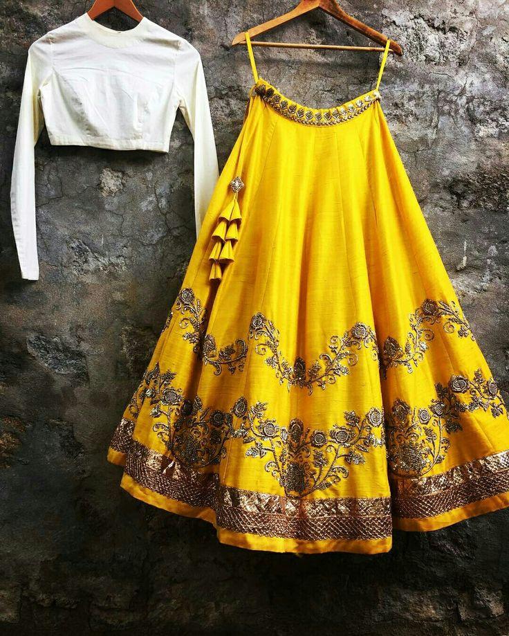 Beautiful Yellow Lehenga by #Jayanti_Reddy, via @topupyourtrip