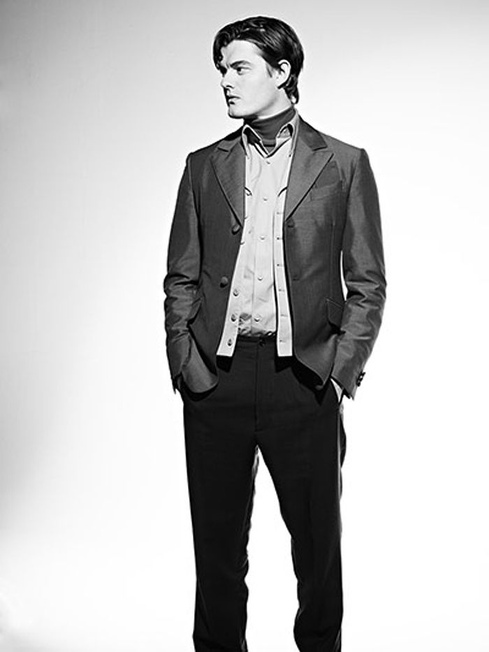 You know the uncommonly handsome type? Yup. Plus the voice doesn't hurt : Sam Riley