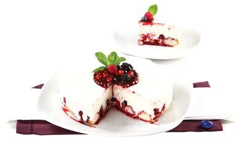 Cheesecake de frutos silvestres. Qualquer momento, qualquer celebração, culmina com pelo menos um cheesecake em cima da mesa.