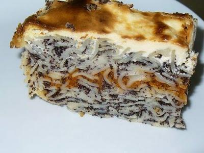 A közös konyha(kert): Rakott mákos tészta