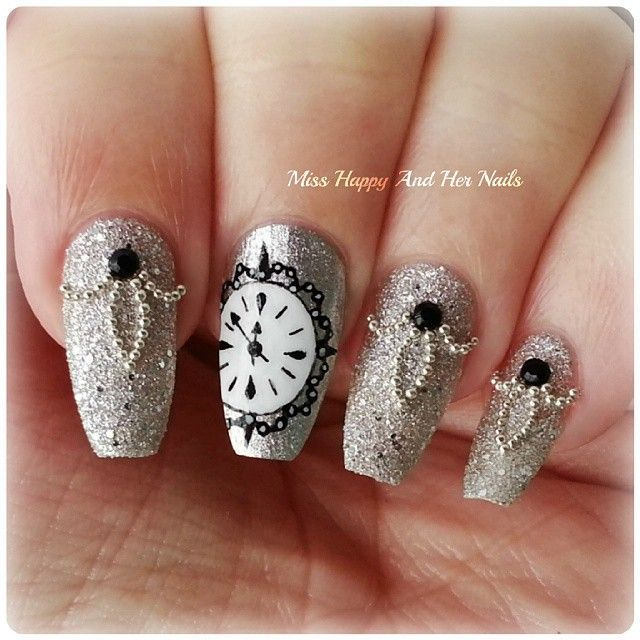 Clock ... Nail Art Design https://noahxnw.tumblr.com/post/160695026406/2-two-way-to-get-sexy-short-wavy-hairstyle