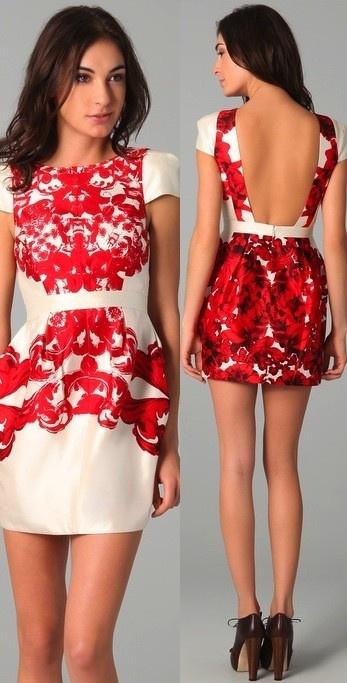 Precioso vestido sin espalda