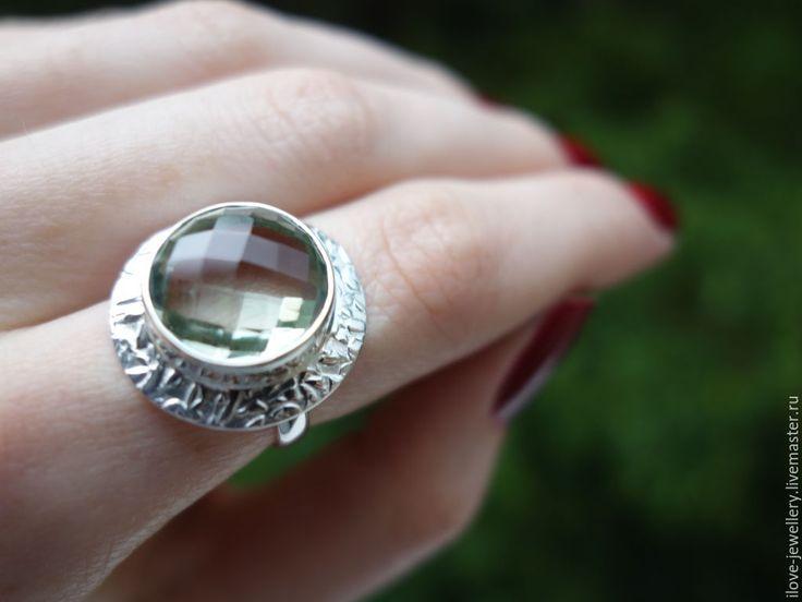 """Купить """"Озеро надежды"""" - волшебное серебряное кольцо с зеленым аметистом - мятный, празиолит натуральный"""