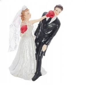Bryllupsfigur bruden bokser gommen. Se alle de sjove bryllupsfigurer. #bryllup