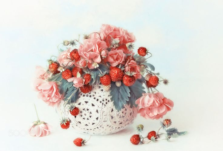 roses & berries by Lizzy  Pe on 500px