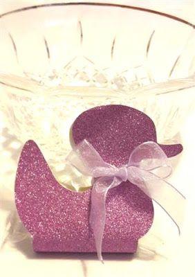 Tre Confetti Rosa - Bomboniere handmade: Animaletti colorati per un battesimo