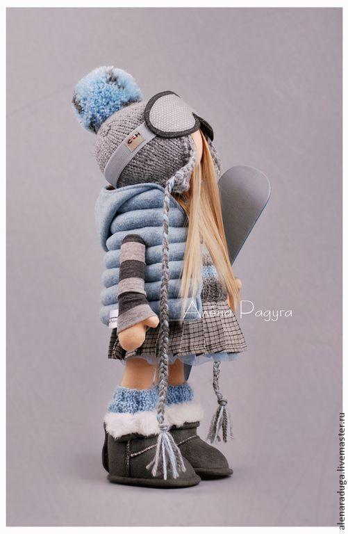 """Купить """"СНЕЖНЫЕ РАДОСТИ"""" - голубой, кукла текстильная, подарок, сюрприз, зима, сноуборд, серо-голубой"""