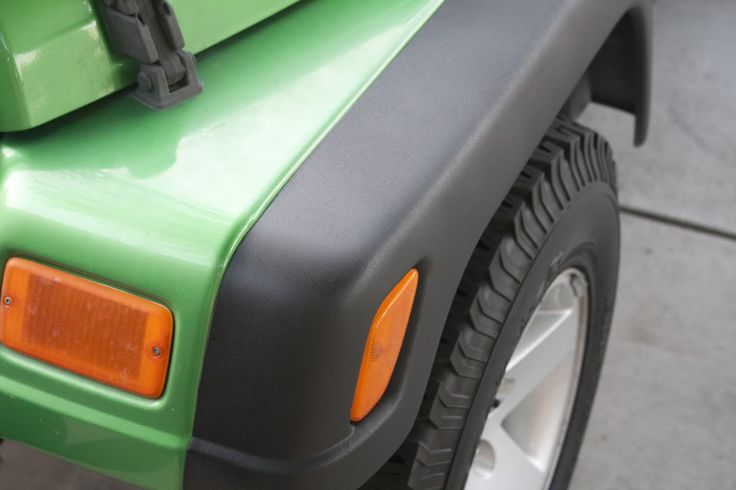 Spray on bedliner Jeep fenders