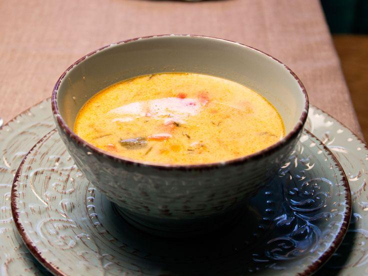 Fisksoppa med torsk, lax och räkor | Recept från Köket.se
