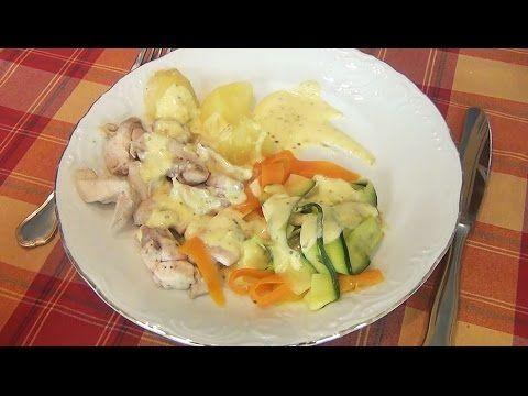 Crema de verduras y pollo al vapor con salsa suprema