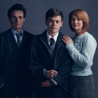 'Cursed Child' reveals first look at Harry, Ginny and Albus Potter in character