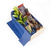 Corporate Tree Gifts from award winning gift company Tree Gift NZ.  Boxes can be branded with your company logo or message.
