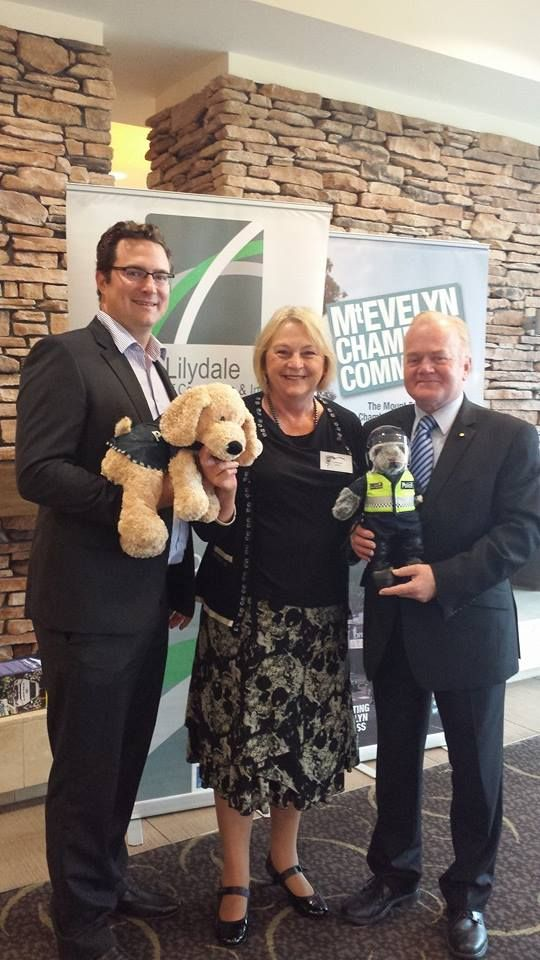 Buff the Police Dog with GM Ben Telley, MP Christine Fyffe & Blue Ribbon Foundation CEO, Neil Soullier #yarravalley