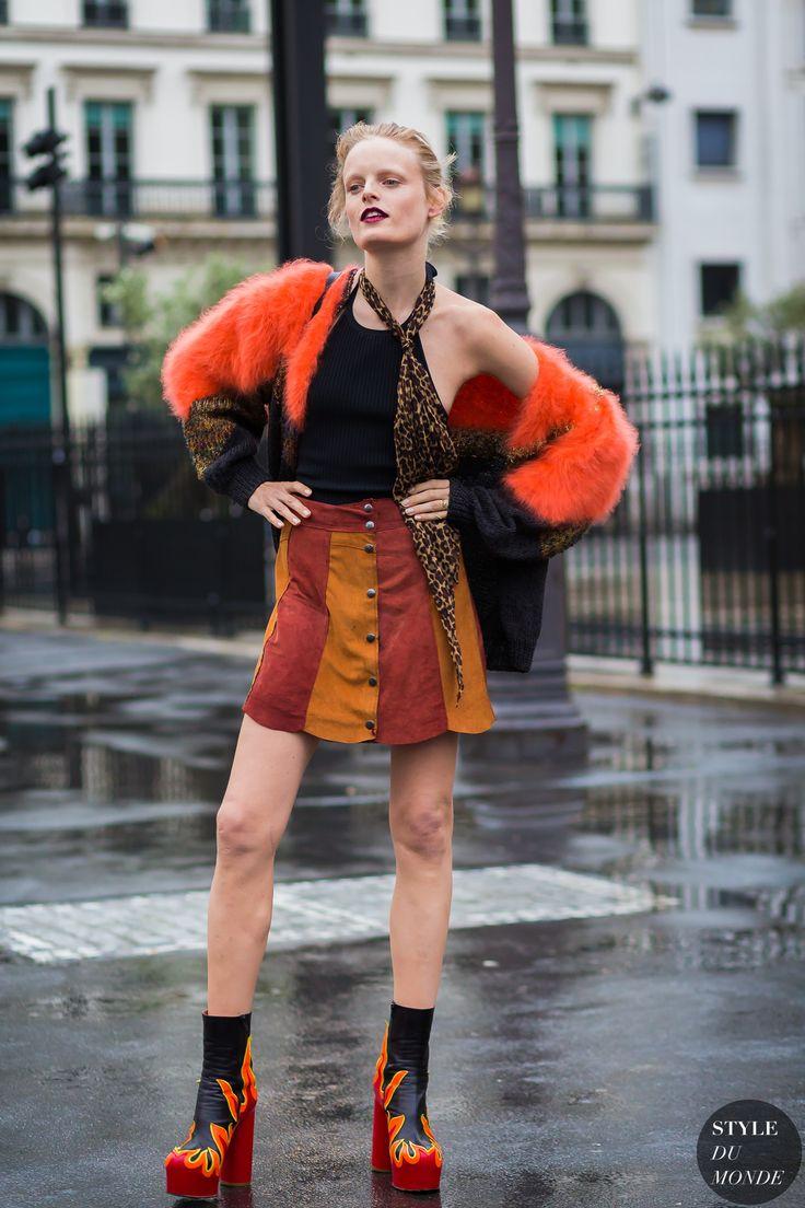 Hanne Gaby Odiele Street Style Street Fashion Streetsnaps by STYLEDUMONDE Street Style Fashion Photography