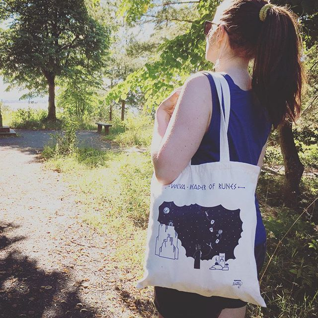 The Volva tote is perfect for the beach! Still some sunshine and summer vibes left here up north- gotta make the most of it ✨✨ The tote bag is now available in my web shop. More pics coming soon.  #summertime #weekendfun #occult #runes #silkscreen #totebag #handmade #madeinnorway #norsemythology #typography #nordicdesign #viking #oslo #norway #graphicdesign #illustration #vector #startup #designer #norwegianmade #thefinelab #slowroastedco #picame #thevectorproject #graphicroozane…