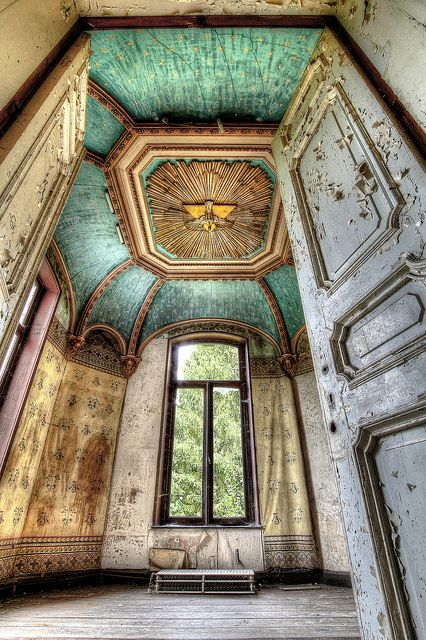 The Lost Mansion | Flickr - Photo Sharing!