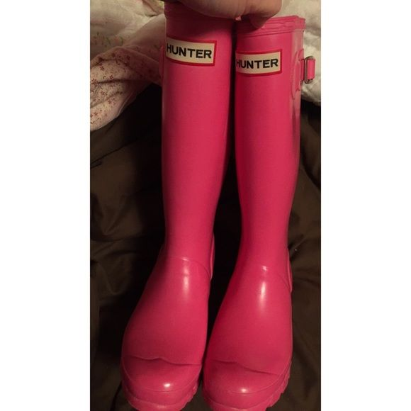 "Pink Hunter Rain Boots 😍😍 Pink Cerise Tall Hunter YNGGLOSS Rain Boots. Size 5. 13.5"" Tall. Reflective Patches at Back.  Barely worn. These are in great shape! I just need a size 6 & am maybe wanting to get another color, so I have no use for them! ☺️ Feel free to make an offer Hunter Boots Shoes Winter & Rain Boots"