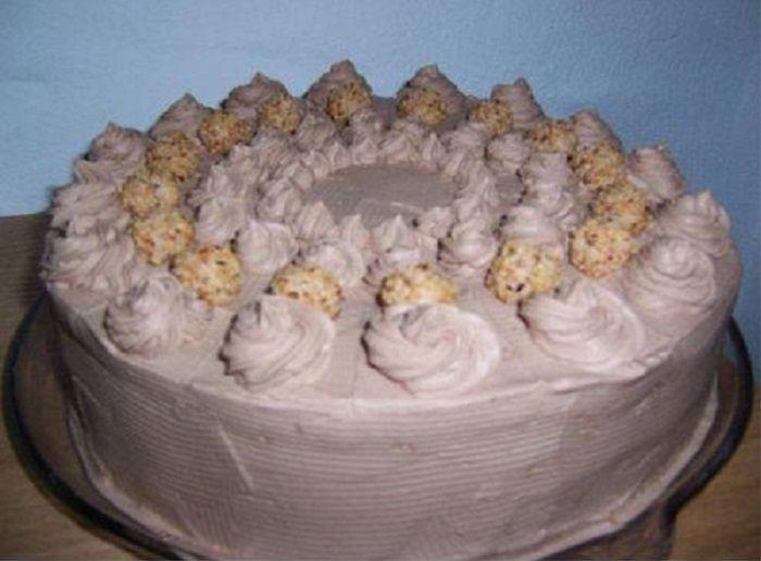 Zutaten für 1 Portion(en)     4 große(r)    Eier  200 g    Zucker  150 g    Mehl  100 g    Stärkemehl  1 Packung(en)    Vanillin...