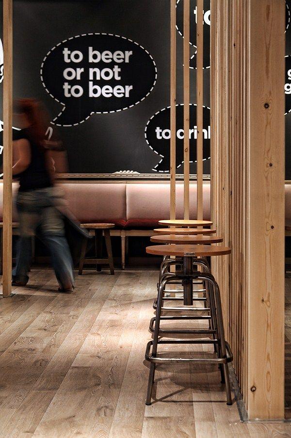 Think Beer:  es una cervecería localizada en el tranquilo barrio de Peristeri, Atenas, que comercializa sólo cervezas del país heleno.