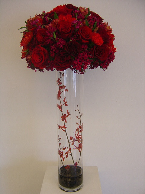 Tall red and burgundy centerpiece tiffany blue