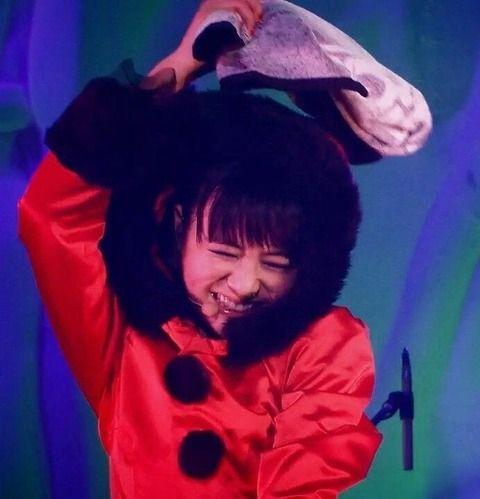 【画像5枚】アフロの日にMOAMETAL!菊地最愛ちゃんの笑顔って何でこんなにいいんだろうか : BABYMETALまとめもりー