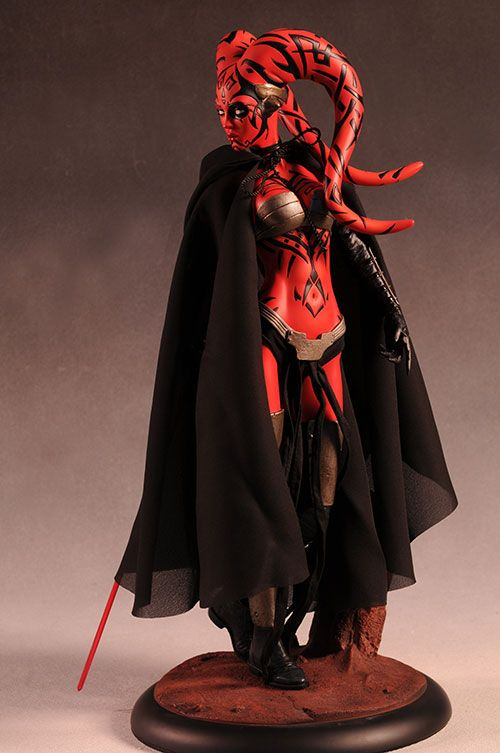 ...  Darth Talon must have somebody on her side, because there is both a mini-bust from Gentle Giant and a Premium Format statue from Sideshow Collectibles both hitting doorsteps at the same time. Description from mwctoys.com. I searched for this on bing.com/images
