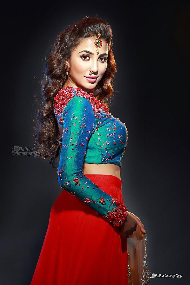 Parvathy Nair Photos - Tamil Actress photos, images