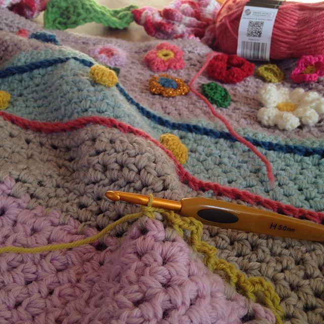 Early morning crochet inspired bij #adindazoutman #crochet #virka #hækle #hekle #haken #crochetaddict
