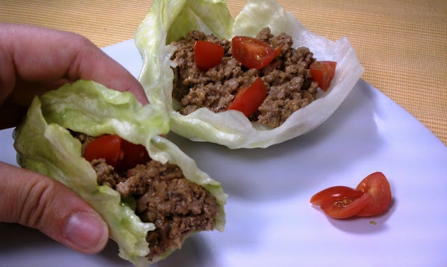 Cheeseburger Lettuce Wrap Recipe...great low carb meal.  Will have to try this one.