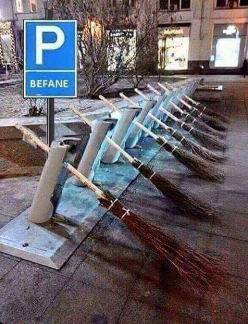 Parcheggio scope