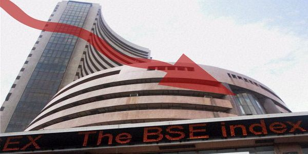 Sensex slips over 300 points in early trade