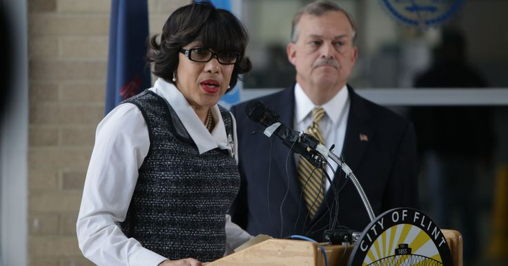Flint Mayor Karen Weaver outlined Tuesday an estimated $55-million public works project expected to begin within a month to remove Flint's lead-contaminated pipes from the water distribution system. http://on.freep.com/1PzUhIq
