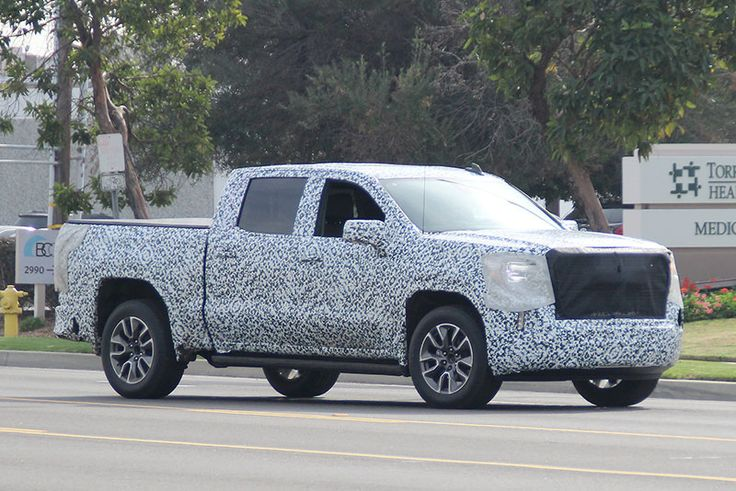Spy Shots: 2019 GMC Sierra 1500 in Final Testing Before Reveal