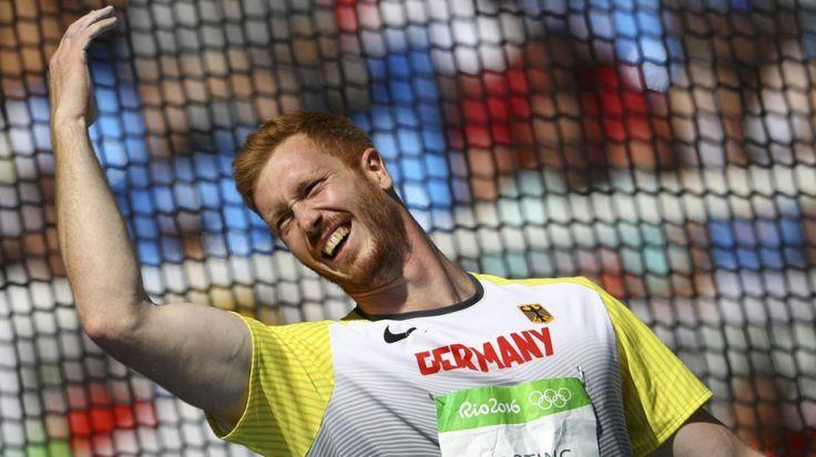 Christoph Harting Gewinnt Gold Der Berliner siegt vor dem Polen Piotr Malachowski und dem Deutschen Daniel Jasinski.