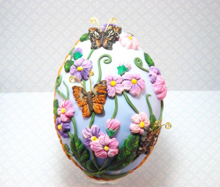 Floral Fantasy Decorated Emu Egg