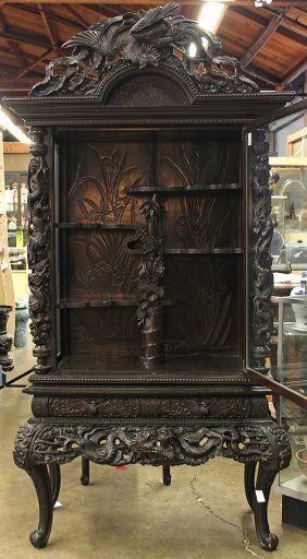 cabinet Japanese export display cabinet meiji period